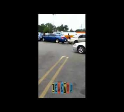 hqdefault 22 400x360 - Woman pinned between cars over parking spot dispute in Dallas, Texas